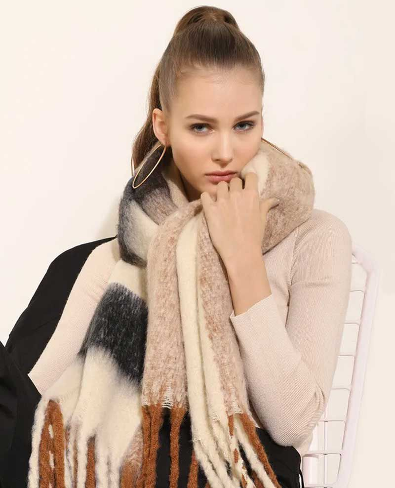 SHOP STOLES AND SCARVES