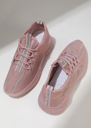 THE SPORTY HIGH-ROLLERS PINK TRAINERS
