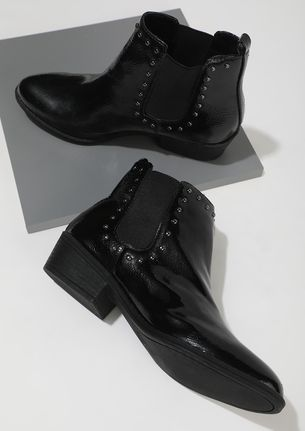 ROUGH AND TOUGH BLACK ANKLE BOOTS