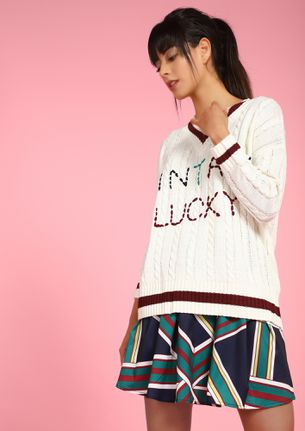 VINTAGE LUCKY WHITE SWEATER