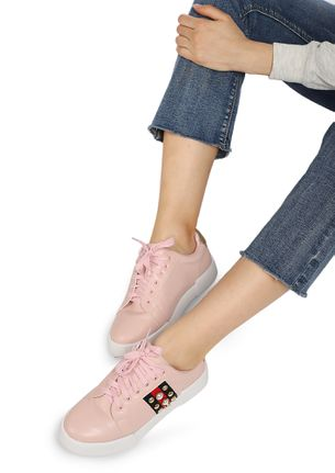ALL STUDS AND GLAM PINK CASUAL SHOES