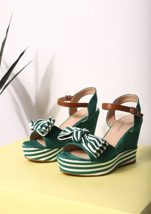 WHERE'S YOUR NEXT ESCAPE GREEN WEDGES