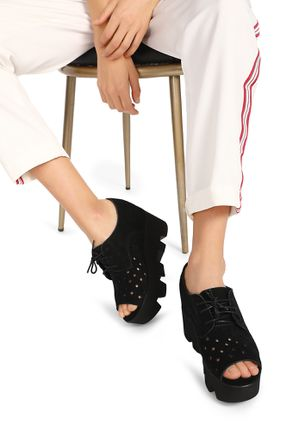 LET IT PASS THOUGH BLACK HEELED SANDALS