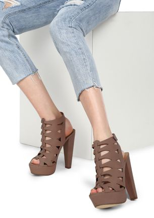 HIGH ARE MY STANDARDS NUDE BROWN HEELED SANDALS
