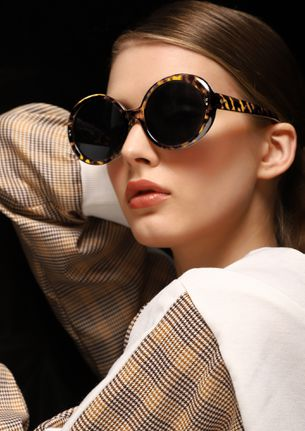 DOWN TO EARTH BROWN ROUND SUNGLASSES