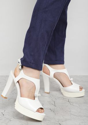 DANCE AGAIN WHITE HEELED SANDALS