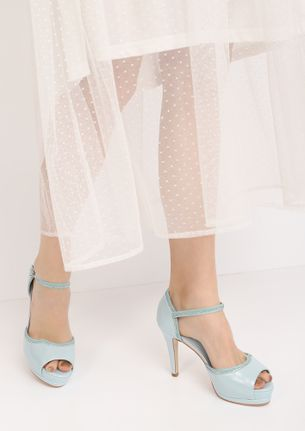 CHIC FOR THE CITY-STREETS BLUE PEEP-TOE HEELS