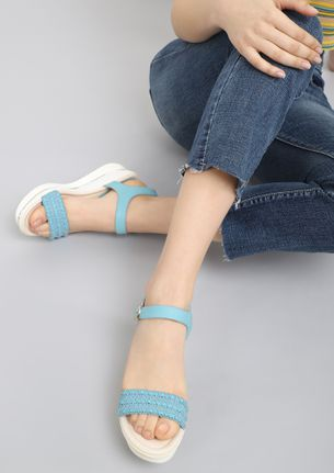 SNEAK OUT BLUE WEDGES