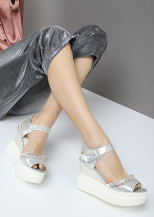 THE PARTY STARTER SILVER WEDGES