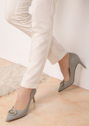 I'M SASSY AND I KNOW IT GREY PUMPS