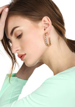 GOSS BABE  SQUARING AT YOU GOLDEN EARRINGS