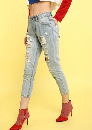 ALWAYS TRIPPING LIGHT BLUE CROPPED JEANS