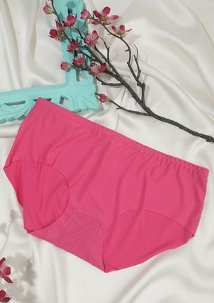 SEAMLESS MID WAIST HIPSTER IN PINK