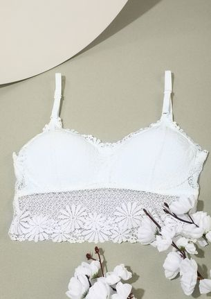LIGHTLY PADDED WHITE LACED BRA