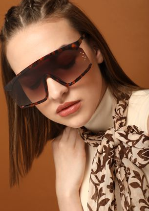 BACK IN BUSINESS BROWN RETRO SUNGLASSES