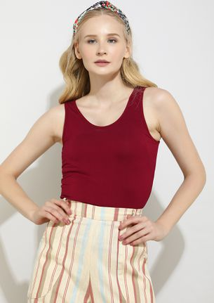 WITH YOU EVERYTHING IS SIMPLE BURGUNDY TOP