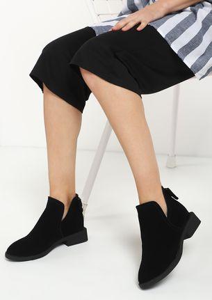 LITTLE TOO LATE BLACK ANKLE BOOTS