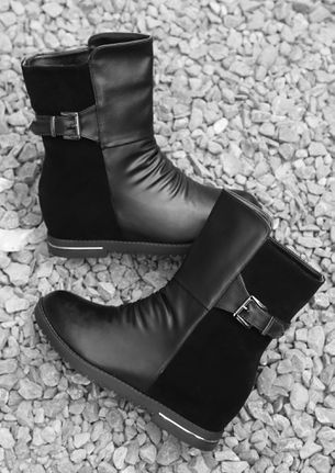 READY FOR DOUBLE TAKE BLACK BOOTS
