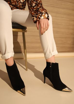 METAL HEAD BLACK ANKLE BOOTS