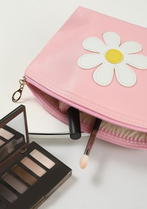 FLOWER PATCHED LOVE PINK MAKE-UP POUCH
