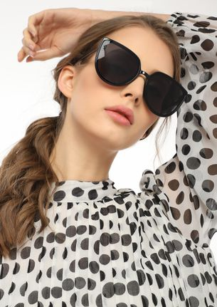 PLAYING IN SHADES BLACK CATEYE SUNGLASSES