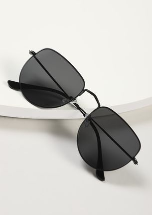 BELIEVE IN REALITY BLACK WAYFARERS