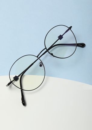 OH-SO LENON-ESQUED BLACK RIMLESS ROUND SUNGLASSES