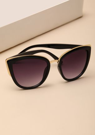 CAN'T MISS BLACK CATEYE SUNGLASSES