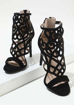 ATTENTION, IT'S MYSTERIOUS BLACK HEELED SANDALS