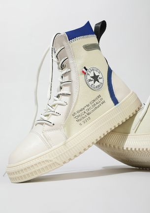 BE CLASSIC IN BLUE WHITE HI-TOP TRAINERS