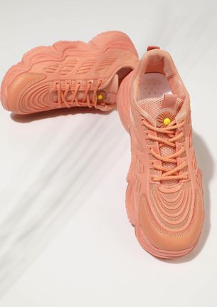 TO THE TOP ORANGE TRAINERS