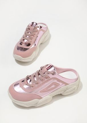 SNEAKING OUT PINK TRAINERS