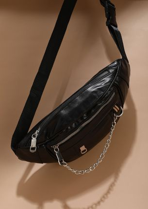 TOP UP BLACK FANNY PACK