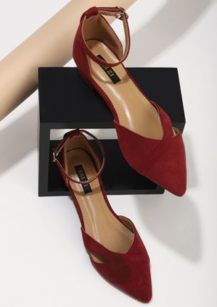PULL ME ALONG RED FLATS