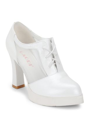 SMART DECISION WHITE HEELED OXFORDS