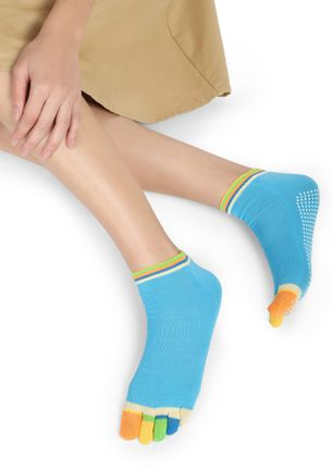 RAINBOW TWIST BLUE ANKLE SOCKS