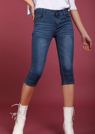 SET ME UP BLUE CROPPED JEANS
