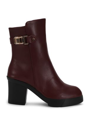 MAKING A SMART MOVE WINE ANKLE BOOTS