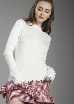 KEEPING IT WARM WHITE KNITTED TOP