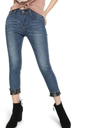 What Goes On Blue Cropped Jeans