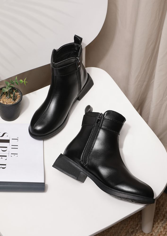 POWER DRESSERS' FIRST CHOICE BLACK ANKLE BOOTS