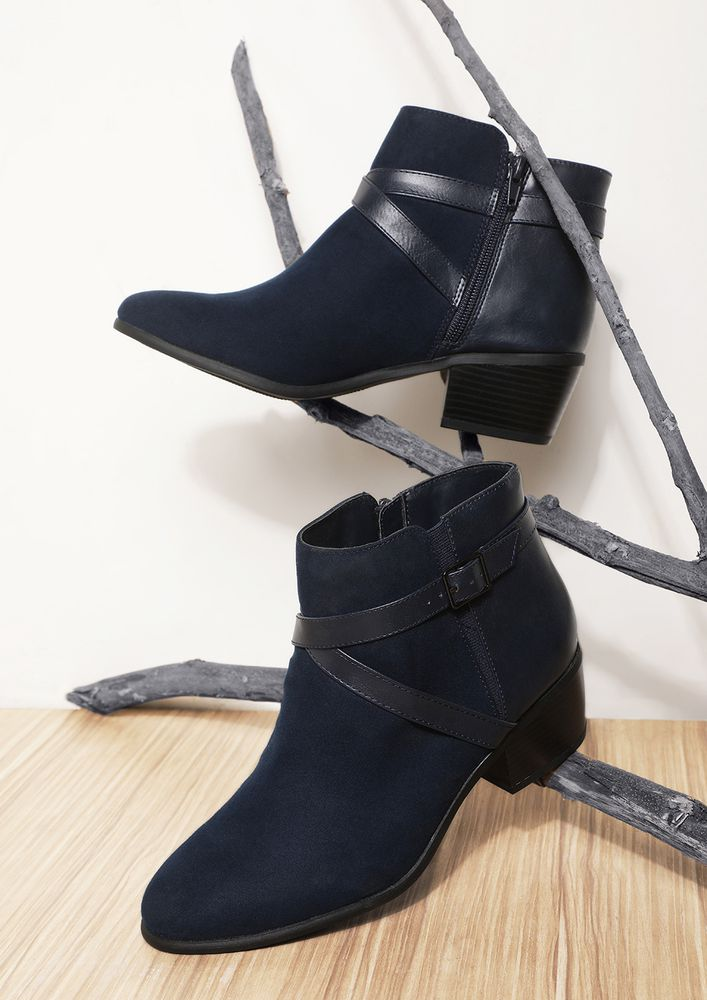 CROSS CHECKING BLUE ANKLE BOOTS