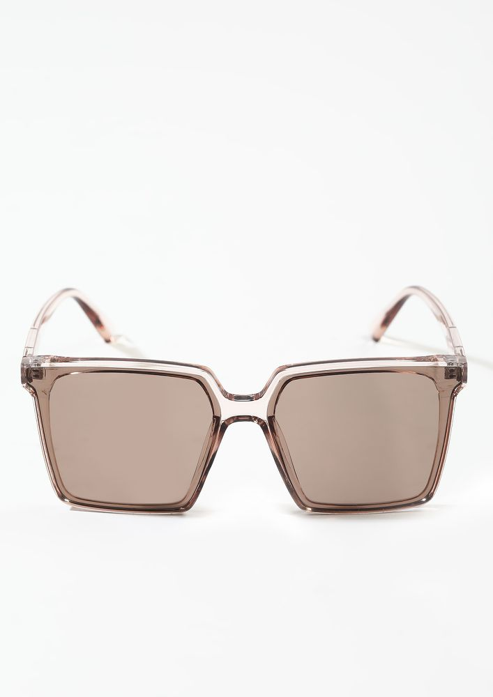THE PERF SHIELD TEA BROWN WAYFARERS