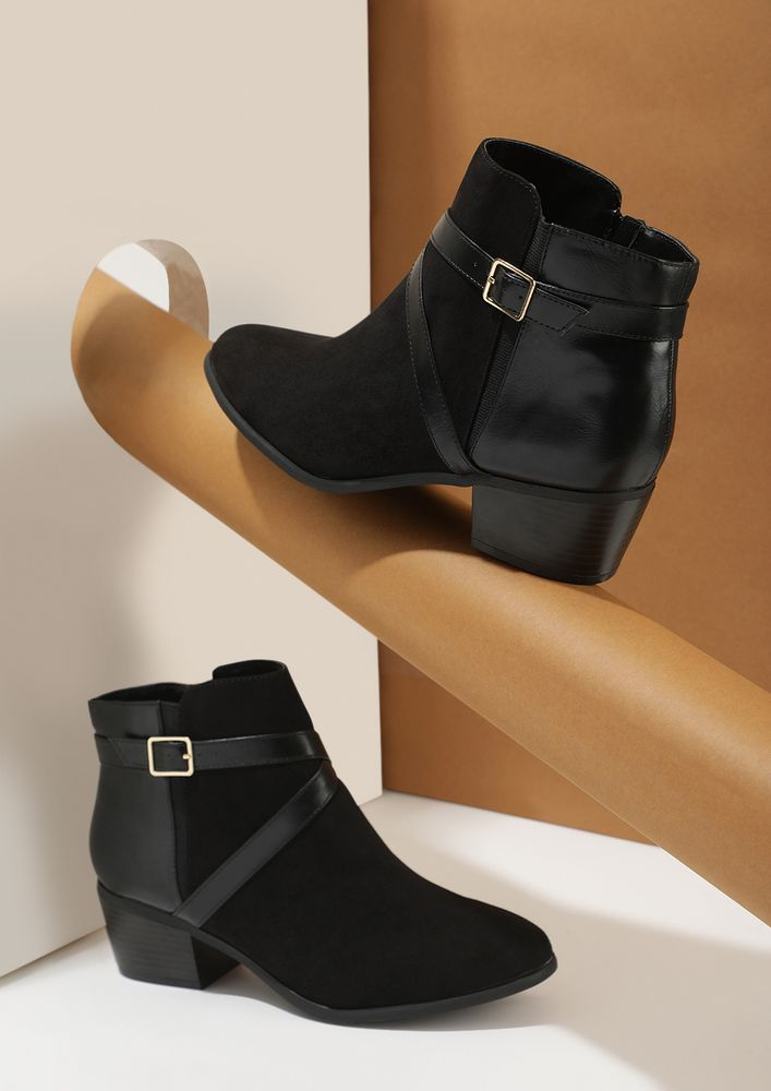 CROSS CHECKING BLACK ANKLE BOOTS