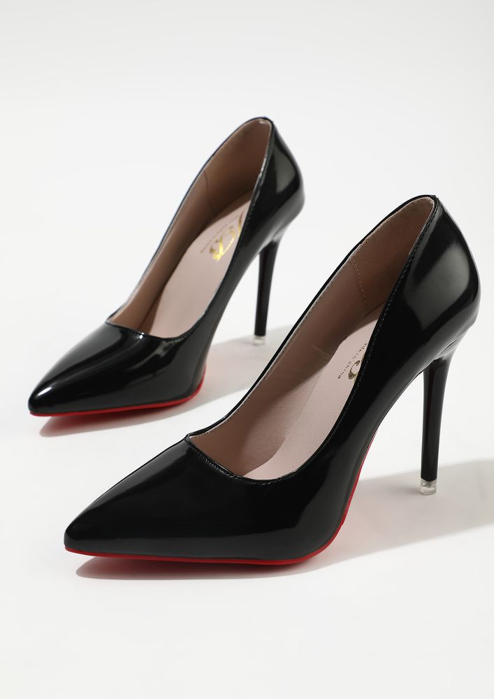 GLIMMERS OF FASHION BLACK HIGH HEELED PUMPS