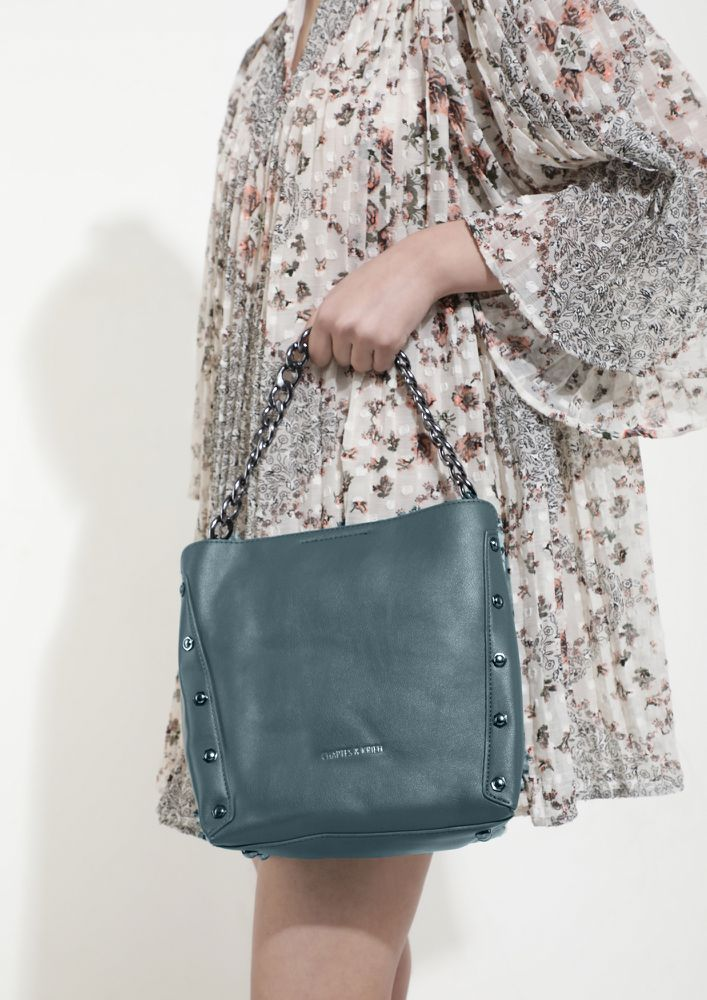 CARRY AS YOU LIKE IT TEAL BUCKET BAG