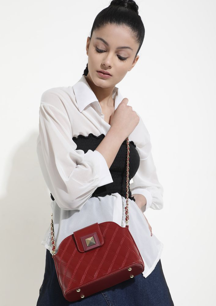 CROSS CHECKING EVERYTHING RED SLING BAG