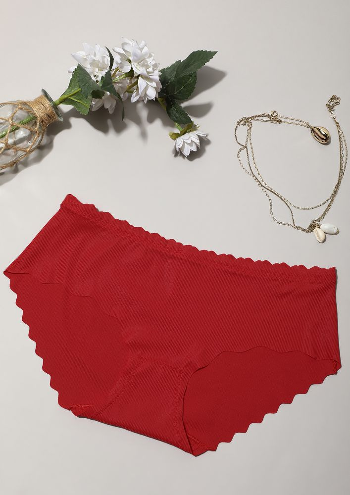 SCALLOPED RED SEAMLESS HIPSTER BRIEF