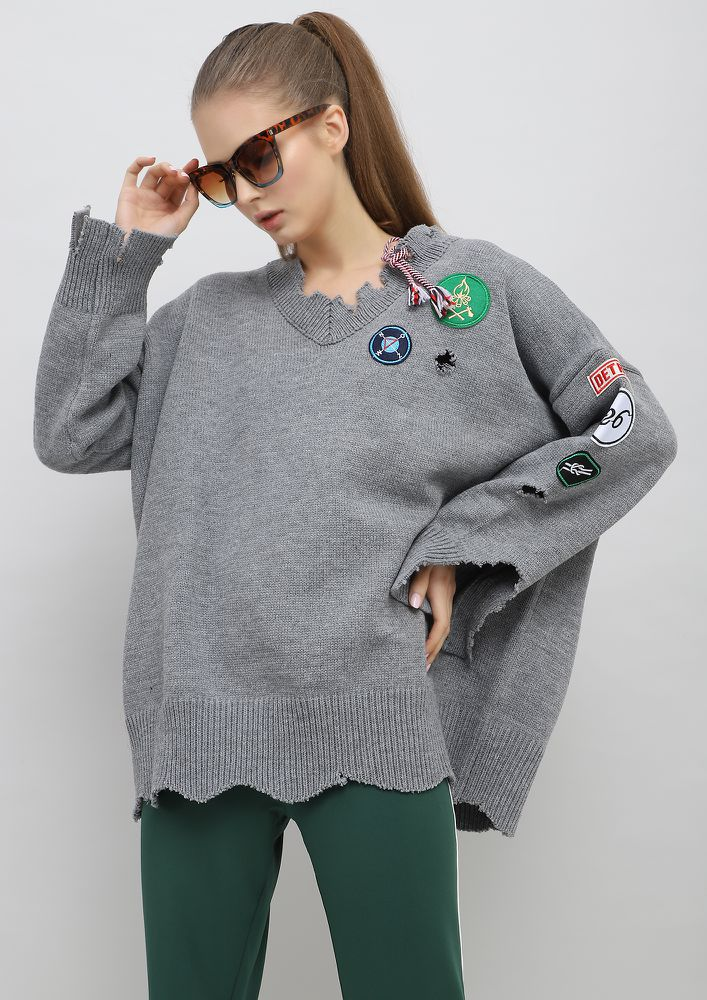 GREY OVER SIZED PATCHED SWEATER