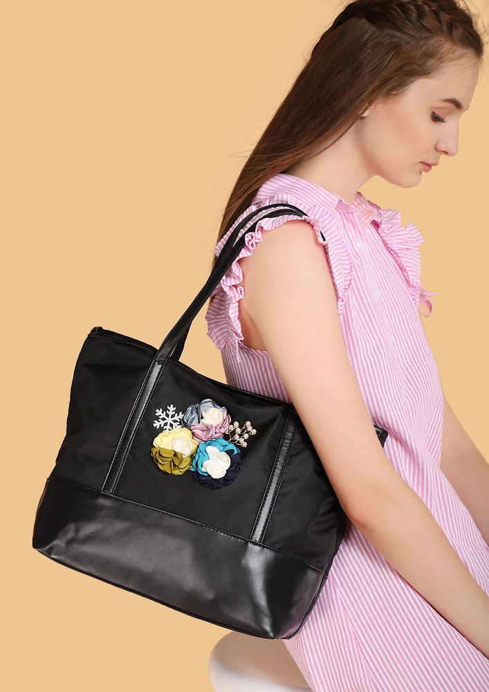 ON A SHOPPING SPREE BLACK TOTE BAG